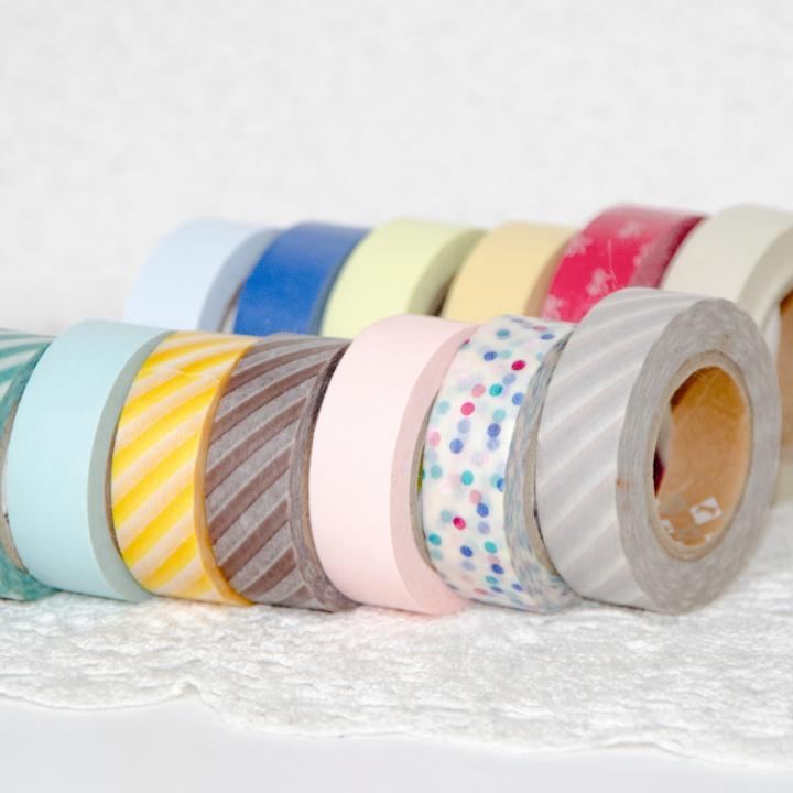セルフネイルは家にあるものでもできます!雑貨や小物が活躍するネイルデザインの作り方