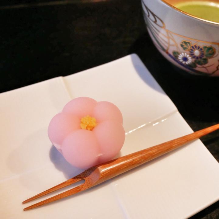 生菓子と上生菓子の違いとは?おいしそうな和菓子ネイルで華やかに