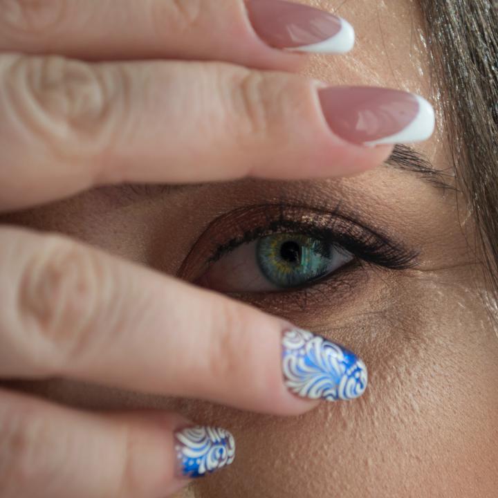 ネイルを塗る指で意味が変わる?ネイルアートやカラーで運気が上がるかも!