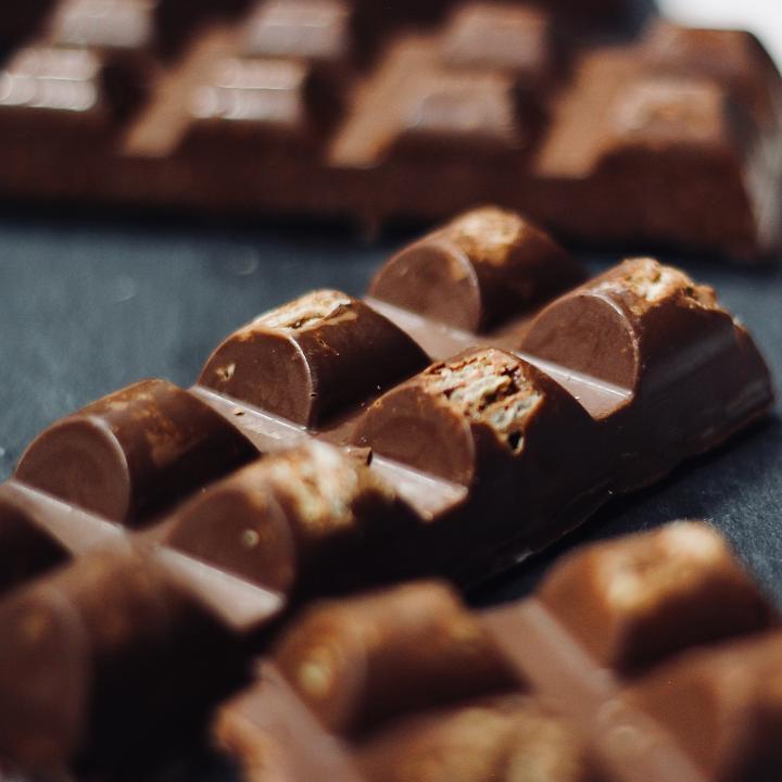 ダイエット中もチョコレートが食べたい!おすすめのおやつは?&ブラウンネイルはシンプルがおすすめ