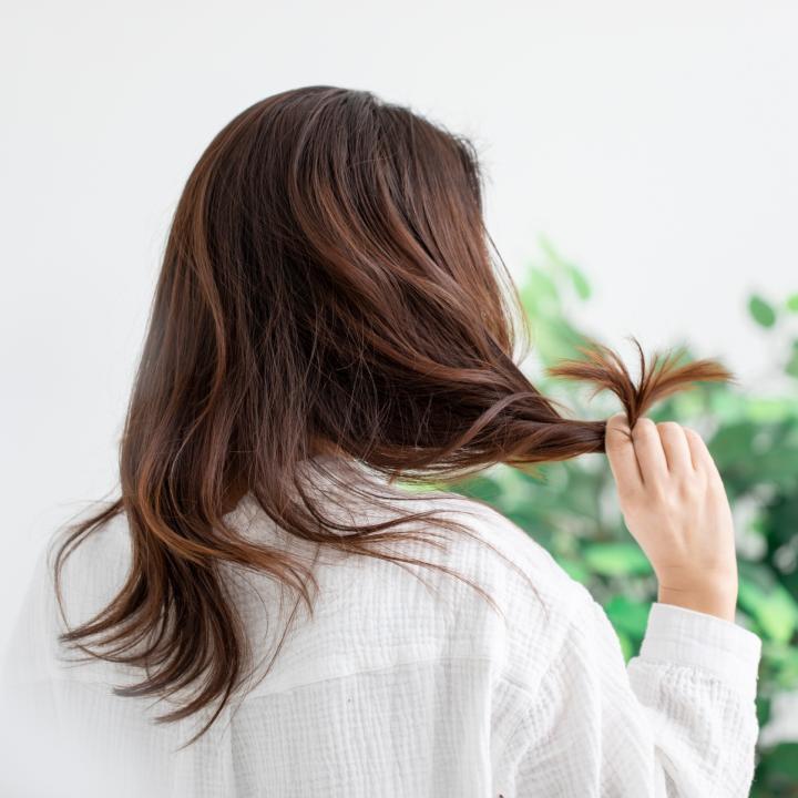 頭皮は洗っても臭う?原因と最適なシャンプーを紹介&料理で爪や指に臭いが残った時はどうすればいいの?