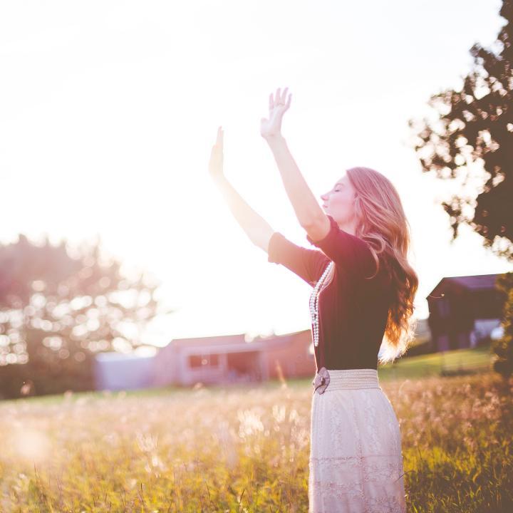 瞑想で集中力が続かないを解消できる!?ネイルと瞑想の意外な組み合わせ