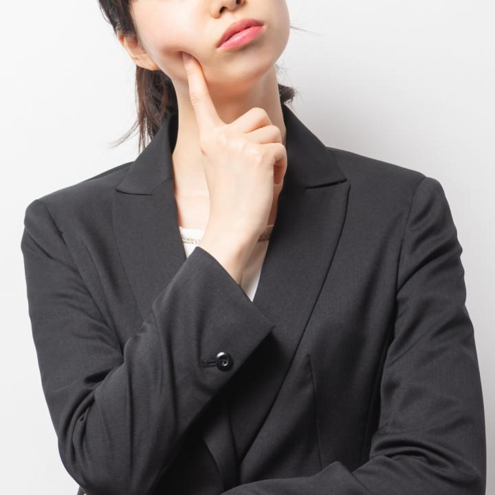 葬儀でネイルを落とせない時どうしたらいい?オフしに行く時間がない時の対処法