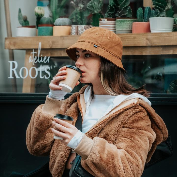 カフェネイルで可愛いひととき♪カフェインのメリット・デメリットを知って賢く摂りましょう
