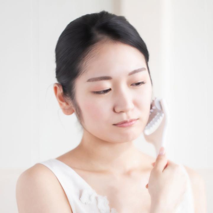 冬に爪が伸びないのはなぜ?冬独特の肌のたるみを阻止するにはむくみ解消が大切
