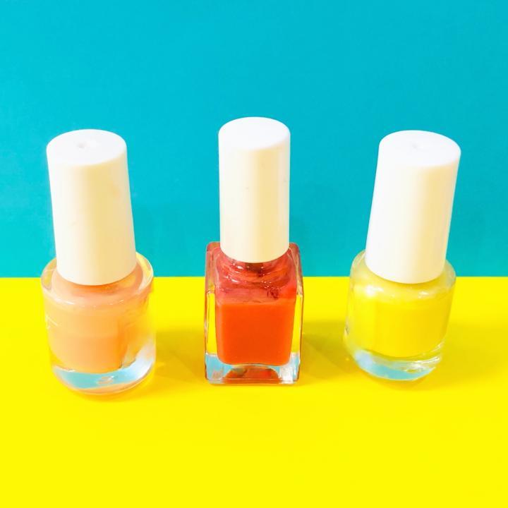 色で季節のイメージを表現しよう!おすすめのネイルカラー&季節別スキンケア方法
