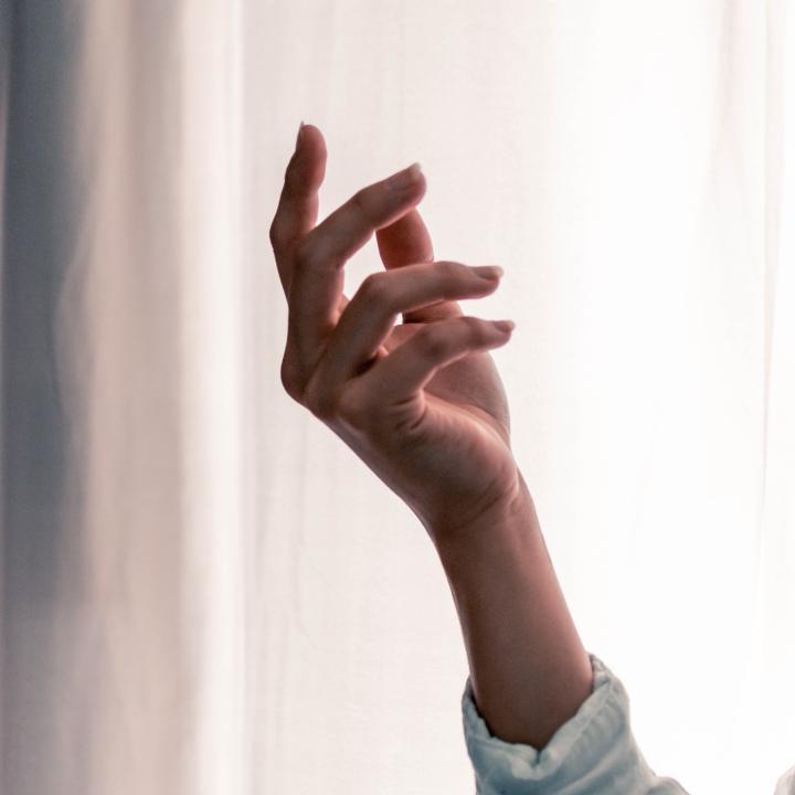 素の爪が綺麗な人は印象が良い!&素肌力を底上げして健康肌をゲットしよう!